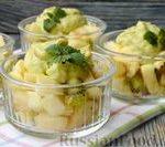 Фруктовый салат с заправкой из авокадо и йогурта