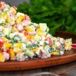 Салат с кукурузой, огурцами и сладким перцем, рецепт с фото