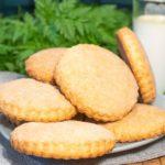 Песочное печенье на сметане и масле по-домашнему