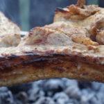 Свиная корейка в горчичном маринаде с беконом на углях, рецепт с фото и видео