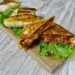 Тортилья с курицей, овощами и сыром, рецепт с фото и видео
