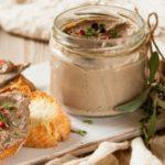 Домашний паштет из куриной печени с травами, рецепт с фото