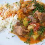 Тушеная свинина с кабачками, помидорами и морковью, рецепт с фото