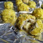 Куриные шарики из фарша с сыром в духовке, рецепт с фото и видео