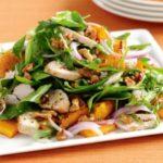 Пикантный салат из тыквы с курицей, рецепт с фото