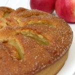 Яблочный пирог на кефире. Простой и быстрый рецепт
