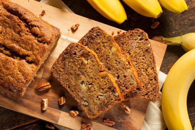 Банановый хлеб с грецкими орехами на завтрак, рецепт с фото