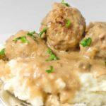 Тефтели из куриной грудки в сливочном соусе в мультиварке, рецепт с фото