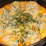 Ежики с чесноком в сметанном соусе в мультиварке, рецепт с фото
